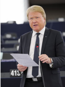 Lars Adaktusson i Georgien-debatten Foto © European Union 2014-EP